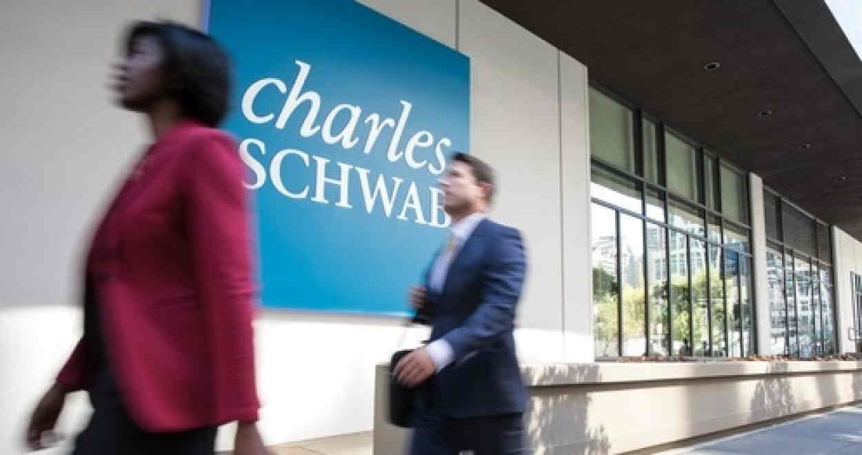 Charles Schwab's international division boosts its online presence via webinars during global lockdown